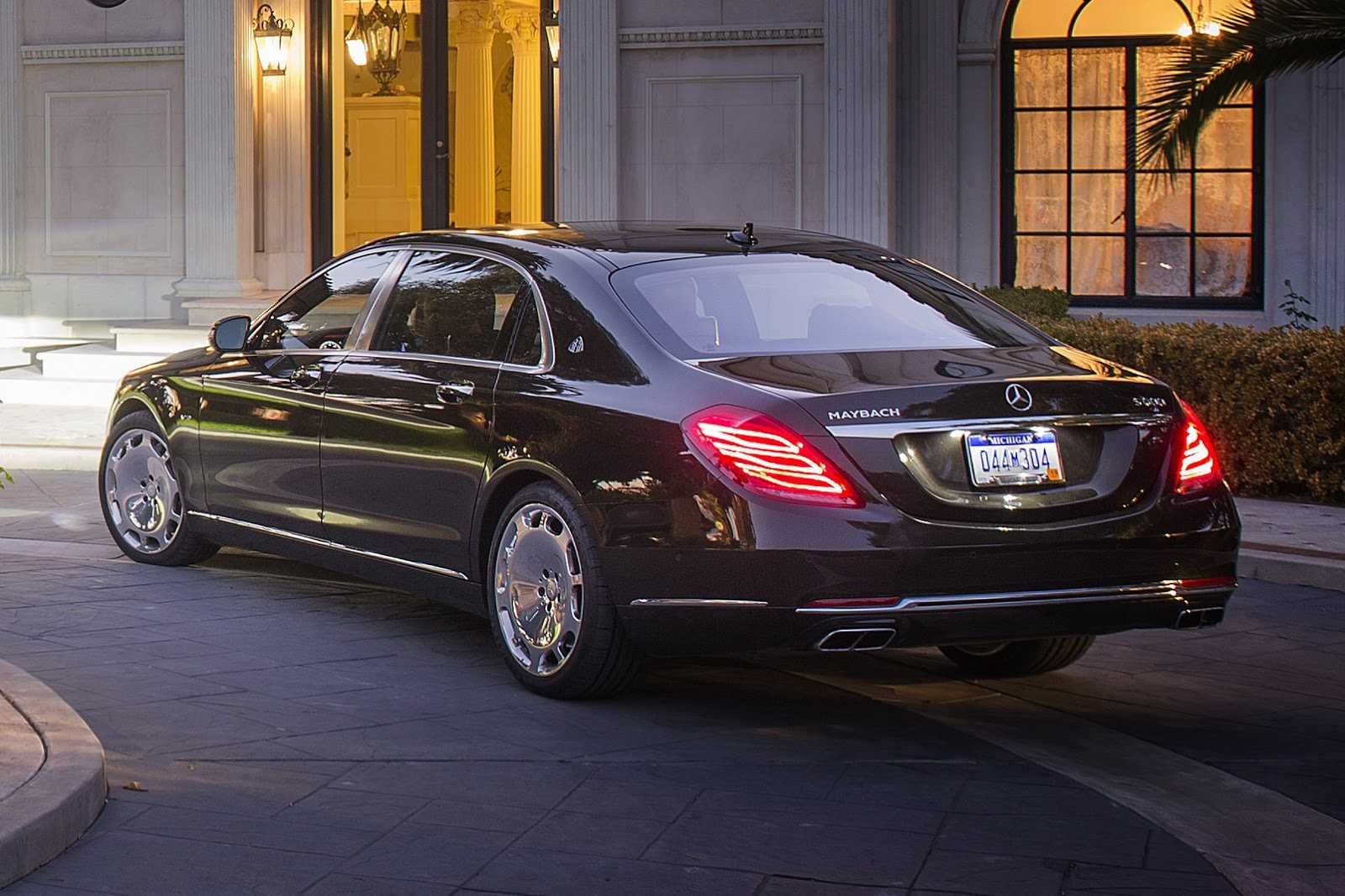 mercedes maybach s600brabus touted to break all speed records