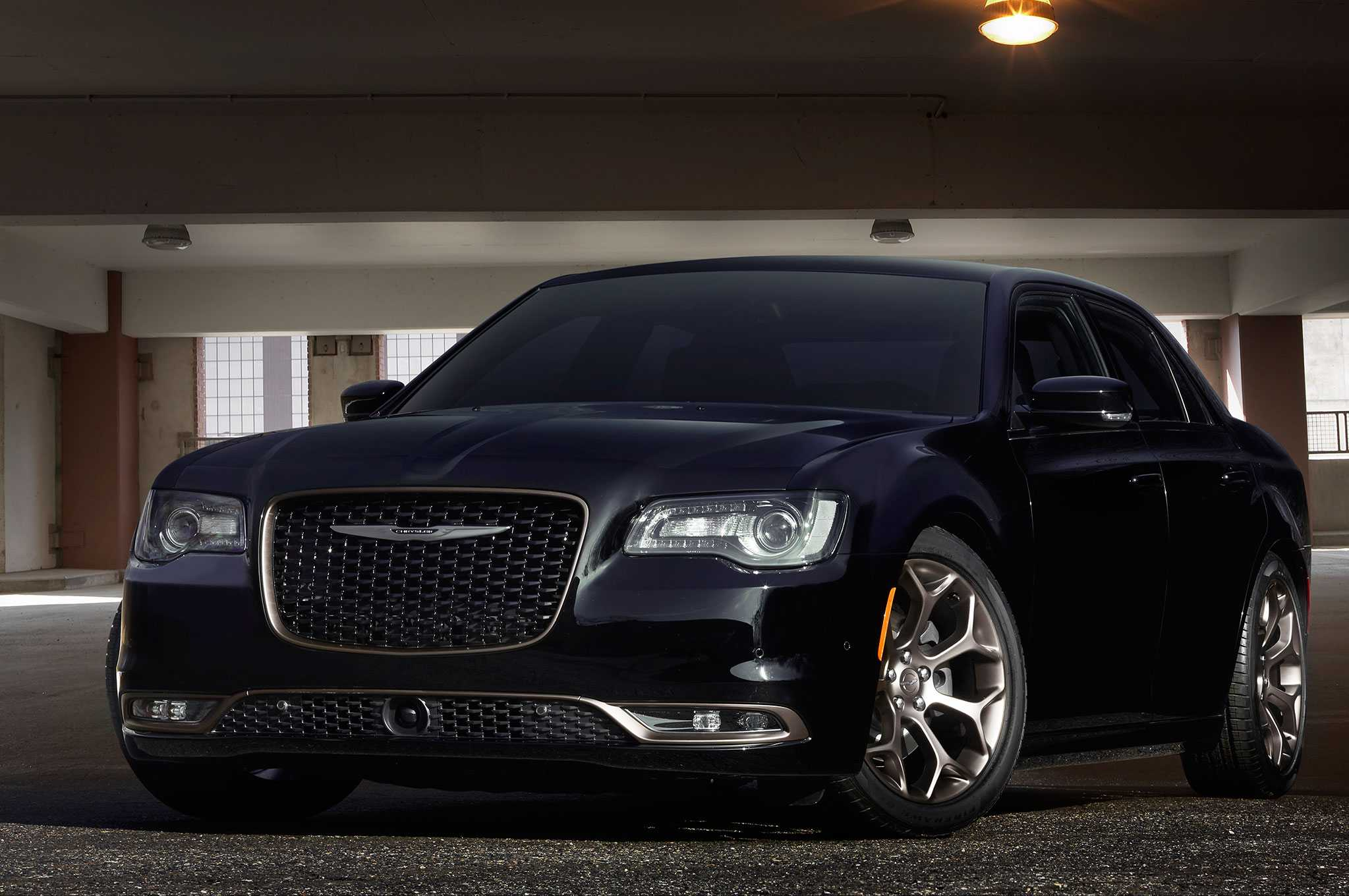 Chrysler 300 Is Planning To Adopt Pacifica Architecture With Next